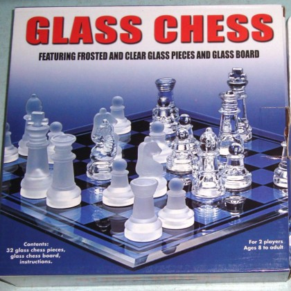 "GBA01S 9X9"" GLASS CHESS SET x 1set"